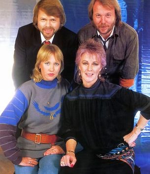 http://abbamikory.blogs.com/abbamikory/images/1982_abba_photosession.jpg